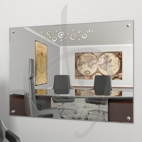 miroir-en-ligne-avec-des-clous-et-le-decorum-a028