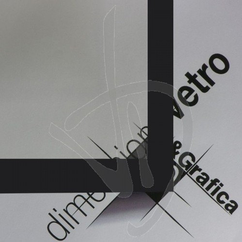 verre-en-ceramique-avec-bordure-noire-autonettoyant