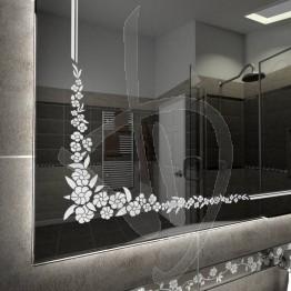 mesure-miroir-avec-une-decoration-et-c005-grave-allume-et-retro-eclairage-led