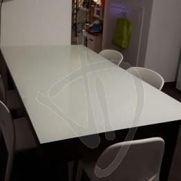 Copritavolo in vetro trasparente, su misura